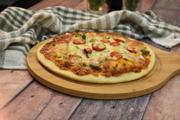 Learn how to make Pizza