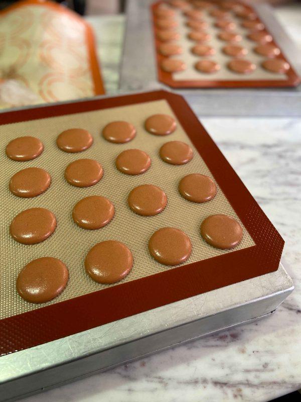 Eggless-Macarons-2