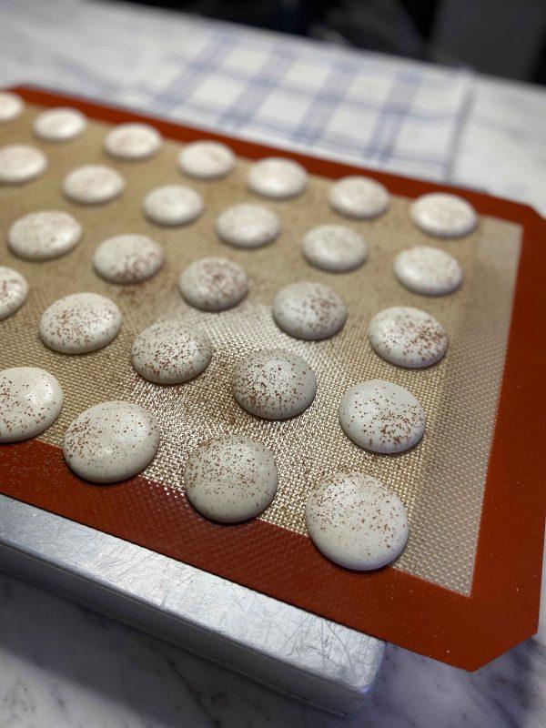 Eggless-Macarons-3